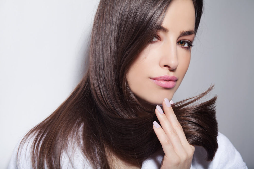 reasons-why-your-hair-isn't-glossy-shiny
